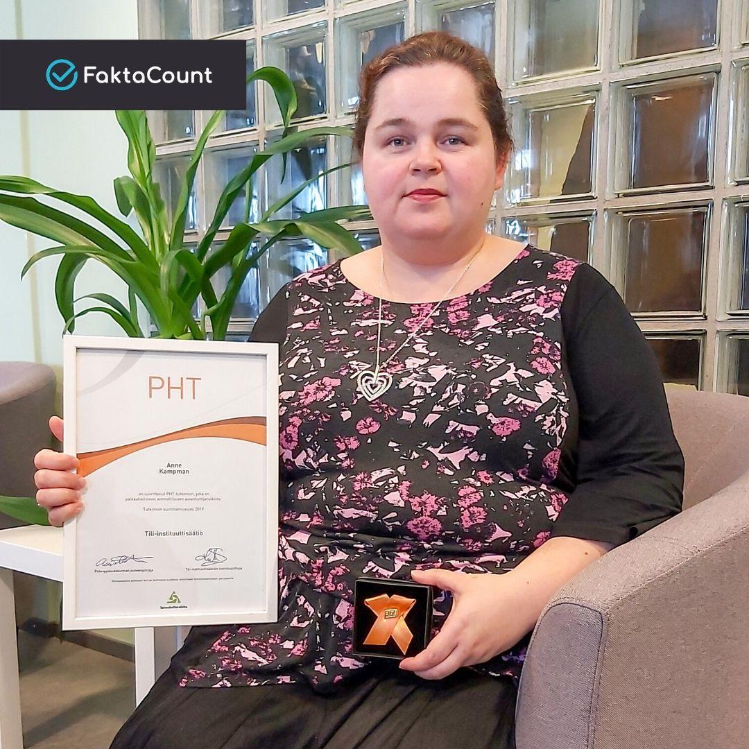Anne Kampman on suorittanut PHT-tutkinnon. Onnea Anne! 1